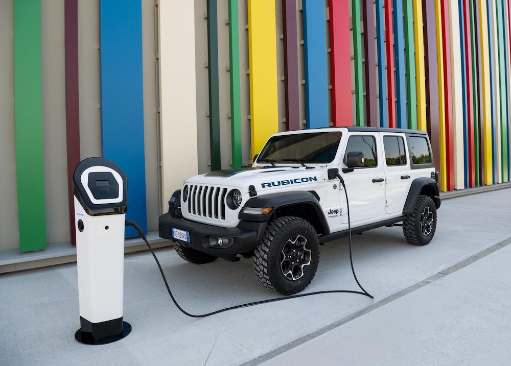 Jeep Wrangler goes electric